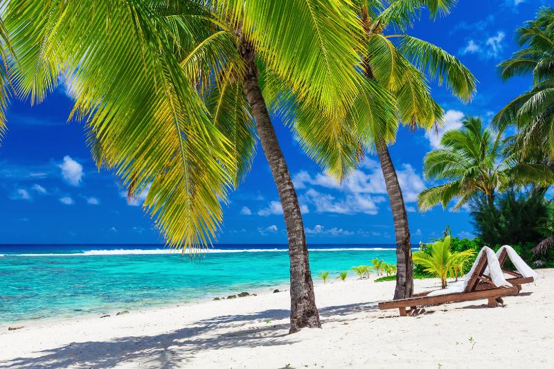 Relaxing beachside beds overlooking the lagoon in Rarotonga